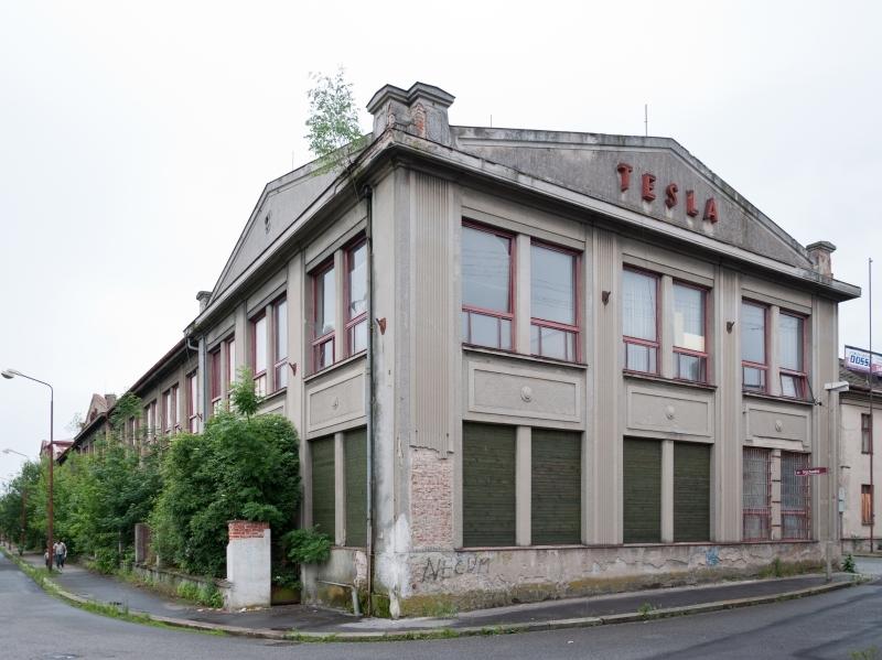 Telegrafia, čsl. továrna na telegrafy a telefony, a. s., Pardubice-Pardubičky – připraveno k demolici (foto Jan Zikmund, 2012)