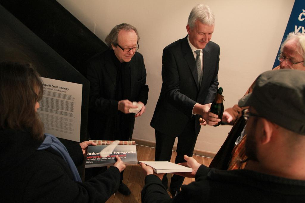 Křest publikace v Galerii Jaroslava Fragnera 20. ledna 2014 (foto Jiří Straka)