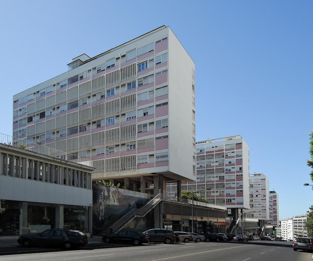 docomomo Lisboa – Obytné bloky na Anvenida Infante Santo (foto Jan Zikmund, 2016)