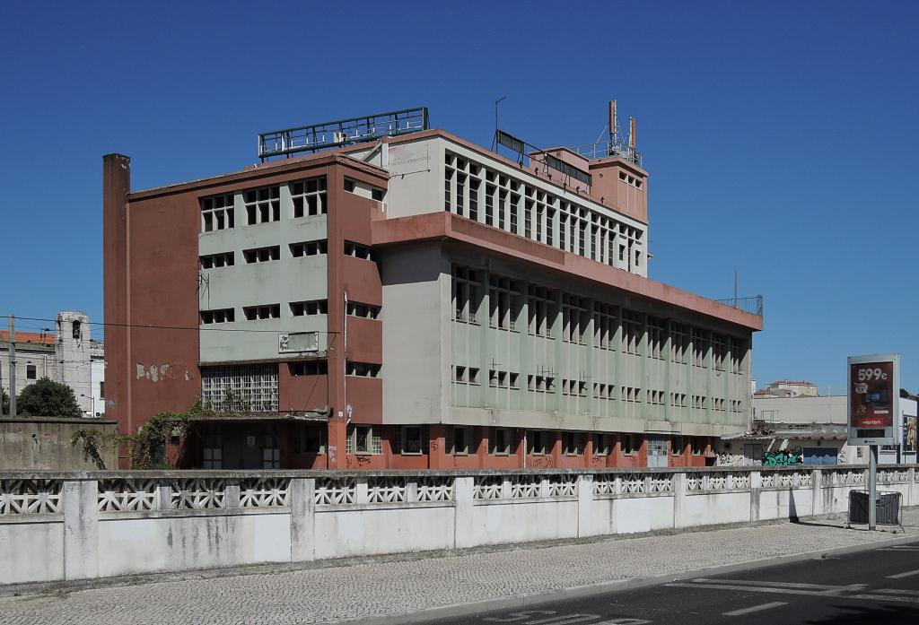 docomomo Lisboa – lisabonský industriál, 8CCGPVJV+5H (foto Jan Zikmund, 2016)