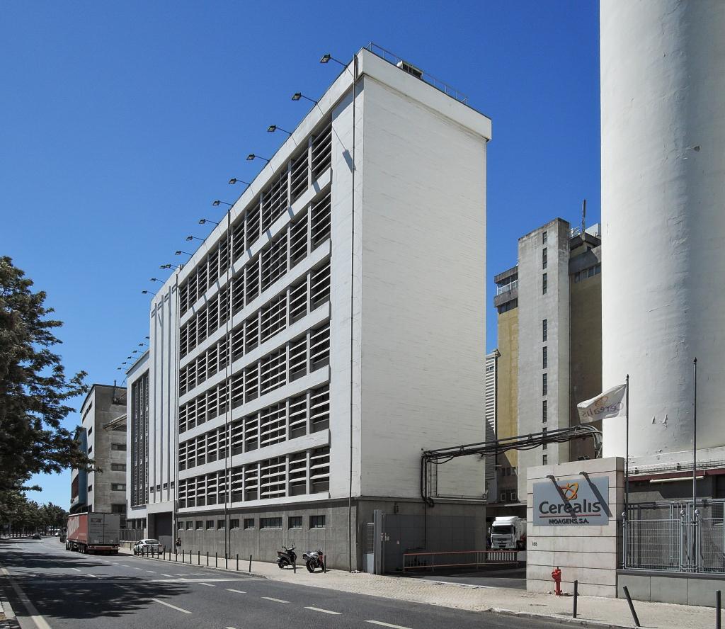 docomomo Lisboa – National (foto Jan Zikmund, 2016)
