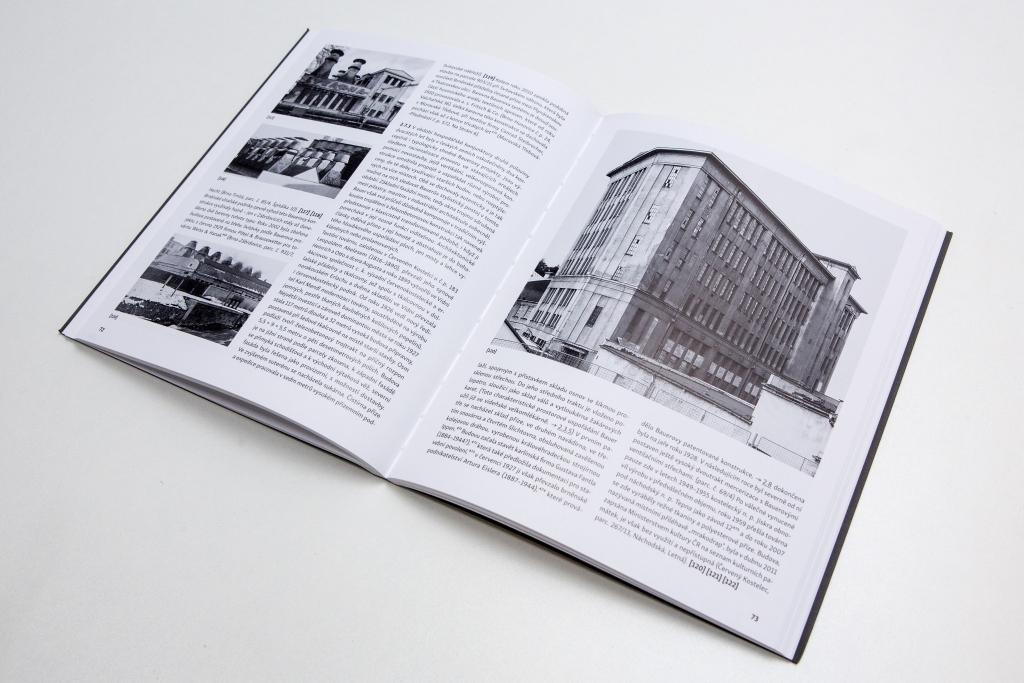 kniha Bruno Bauer a industriální architektura v českých zemích